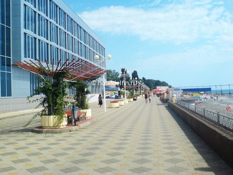 Адлер курортный городок море фото